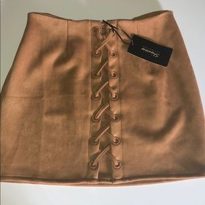 ShineStae Size XL Women's skirt NWT🌿